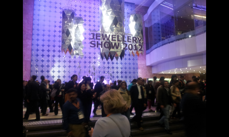 HONG KONG INTERNATIONAL JEWELLERY SHOW.  Una opportunita' per i mercati